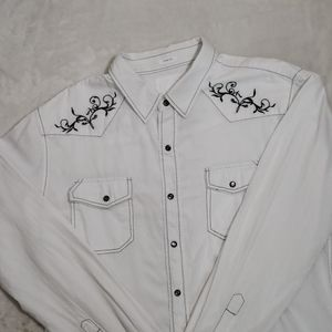 BKE/BUCKLE Slim Fit Snap Front White Shirt